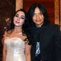 Dewi Gita dan Armand Maulana Hadiri Shine On Award 2014