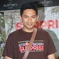 Ryan Delon Hadir di Gala Premier Film 'Strawberry Surprise'