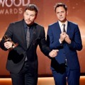 Chris Pratt dan James Gunn Raih Piala Hollywood Blockbuster Award
