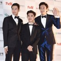 Jo In Sung, D.O. EXO dan Lee Kwang Soo di Red Carpet APAN Star Awards 2014