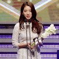 Park Shin Hye Raih Piala Mid-length Drama Excellent Female Acting