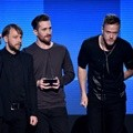 Imagine Dragons Raih Piala Favorite Alternate Artist