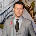 Luke Evans Hadir di Premiere 'The Hobbit: The Battle of the Five Armies'