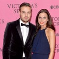 Liam Payne One Direction dan Danielle Peazer di Pink Carpet Victoria's Secret Fashion Show 2014