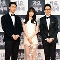 Taecyeon 2PM, Yoona Girls' Generation dan Lee Hwi Jae di Red Carpet KBS Gayo Daejun 2014