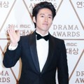 Jang Hyuk di Red Carpet MBC Drama Awards 2014