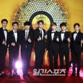 EXO di Red Carpet Golden Disk Awards 2015