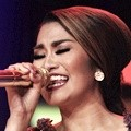 Fitri Carlina Meriahkan Konser 'Rebel, Love, Rock and Roll'