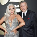 Lady GaGa dan Tony Bennett di Red Carpet Grammy Awards 2015