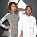 Pharrell Williams di Red Carpet Grammy Awards 2015