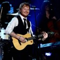 Penampilan Ed Sheeran di Grammy Awards 2015