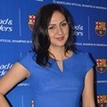 Donna Agnesia di Acara Head & Shoulders FC Barcelona Hang Out