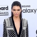 Kendall Jenner di Red Carpet Billboard Music Awards 2015