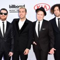 Fall Out Boy di Red Carpet Billboard Music Awards 2015