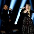 Duet John Legend dan Meghan Trainor Nyanyikan Lagu 'Like I'm Gonna Lose You'