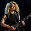 Tori Kelly di Billboard Music Awards 2015