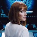 Bryce Dallas Howard Sebagai Claire Dearing di Film 'Jurassic World'