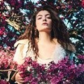 Lorde di Majalah Dazed & Confused Edisi Summer 2015