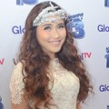 Ayu Ting Ting Hadir di HUT Global TV ke-13
