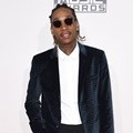 Wiz Khalifa Hadiri American Music Awards 2015