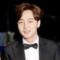 Roy Kim di Red Carpet APAN Star Awards