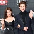 Kim So Eun dan Seo Kang Joon di Red Carpet MAMA 2015