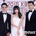 Lee Hwi Jae, Hani EXID dan Taecyeon 2PM di Red Carpet KBS Gayo Daechukje 2015