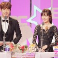 Kim So Yeon dan Kwak Si Yang di MBC Entertainment Awards 2015