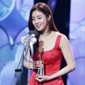 Kang Sora Raih Piala Excellence Actress (Mini-Series)