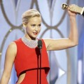 Jennifer Lawrence Raih Piala Best Actress in a Motion Picture, Musical or Comedy