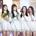 G-Friend Raih Piala Newcomers Award