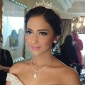Detail Make-Up Nina Zatulini untuk Resepsi