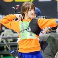 Yuju G-Friend di Lomba Panahan 'Idol Star Athletics Championships 2016'