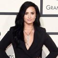 Demi Lovato di Red Carpet Grammy Awards 2016