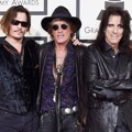 Johnny Depp, Joe Perry dan Alice Cooper di Red Carpet Grammy Awards 2016