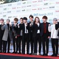 Seventeen di Red Carpet Gaon Chart K-Pop Awards 2016