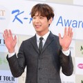 Kwak Si Yang di Red Carpet Gaon Chart K-Pop Awards 2016