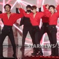 VIXX Tampil Nyanyikan Lagu 'Chained Up'