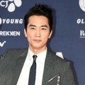 Song Seung Heon di Pink Carpet Style Icon Asia 2016