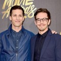 Andy Samberg dan Jorma Taccone di Red Carpet MTV Movie Awards 2016