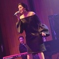 Penampilan Raisa di 'An Evening Showcase with Afgan & Raisa'