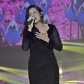 Raisa Serba Hitam di SCTV Music Awards 2016