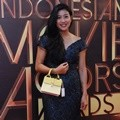 Olivia Zalianty di Indonesia Movie Actors Awards 2016
