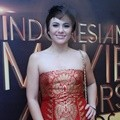 Wulan Guritno Hadir di Indonesia Movie Actors Awards 2016