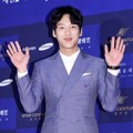 Kwak Si Yang di Red Carpet Baeksang Art Awards 2016