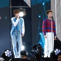 NCT U Saat Nyanyikan lagu 'Without You' di Dream Concert 2016