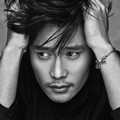 Lee Byung Hun di Majalah Dazed and Confused Edisi Januari 2016