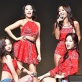 Penampilan Sistar di Showcase Mini Album 'Insane Love'
