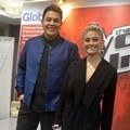 Tulus dan Agnes Monica di Konferensi Pers 'The Voice Kids Indonesia'