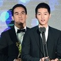 Joe Taslim dan Song Joong Ki Raih Best APAN Star Award